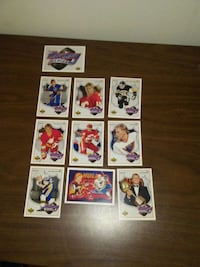 Collectible Bret Hull card set