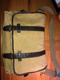 black and brown leather crossbody bag Cleveland, 37312