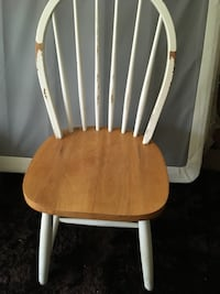 White and brown wooden windsor chair Halethorpe, 21227