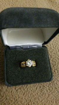 silver-colored diamond ring Trumbull, 06611