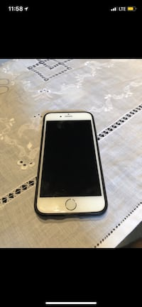 Used iPhone 6 128g unlocked white Montréal, H1S