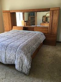 oak bed room set SPRINGFIELD