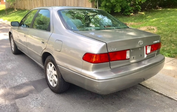 Classic Year 2000 Toyota Camry / Clean Vehicle  6a40d1f1-c008-43aa-a7de-0bf32be5c80f