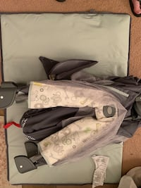Grey and green pack n play with infant sling Bel Air, 21015