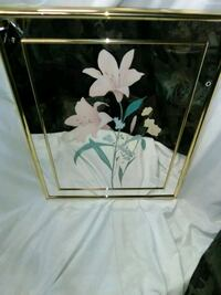 Mirror with flower on it Hagerstown, 21740