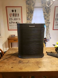 Honeywell 450sqft Air Purifier with hepa filter