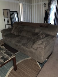 2 Couches  Whitehall, 43213