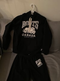 Roots tracksuit HoodiexSweats Size: S $80 Toronto, M5V