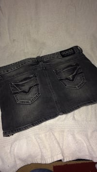 New Guess denim skirt  Winnipeg, R3T 6A3