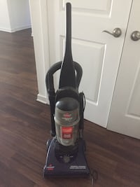black and gray Bissell upright vacuum cleaner Long Beach, 90815