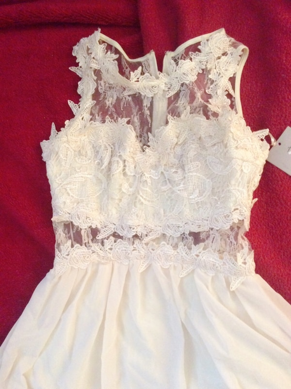 women's white sleeveless dress 84d3ce3f-8712-4396-9779-d592383967b6