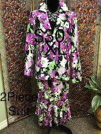 Ladies Size XL 2 Piece Suit Edmonton, T6L 6Z6