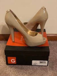GUESS Women's Stilettos