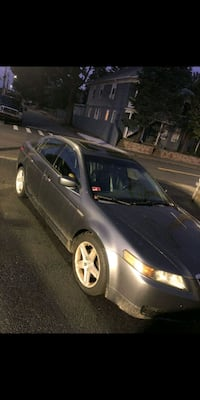 Acura TL I am selling parts only no wheels Warwick, 02889