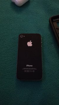 Black iphone 4 good condition  Mascouche, J7K 0B4