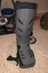 Air boot walking cast