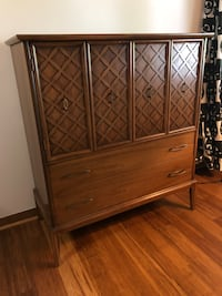 Dresser Set Mid Century Falls Church, 22041