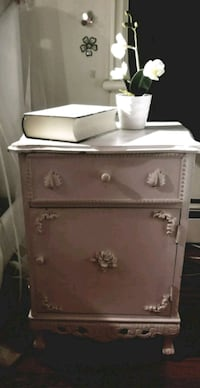 Small Vintage Night Table King City, L7B 1A3