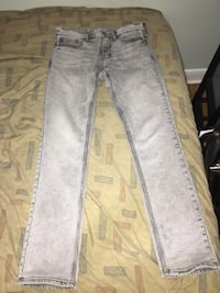 32 by 32 jeans  Pickering, L1X 2X4