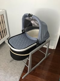 2018 Uppababy bassinet and stand Mississauga, K2P 0B7