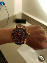 round black and gold chronograph watch with black strap Ashburn, 20147