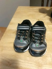 pair of black-and-gray sneakers Schenectady, 12307