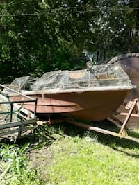 a duck boat 15 foot with rack Chatham-Kent, N7L 1J5