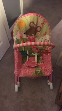 Baby vibrating musical chair