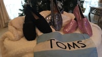 3 pairs of toms shoes Dickinson, 77539