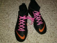 Nike. Indoor cleats.   Size 5 New Castle, 19720
