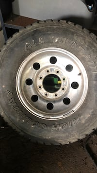 Ford - F-350 - 2002 rims need new tires have all 4 and center caps  Williamsport, 21795