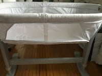 Baby standing bassinet Toronto, M9A 4M3