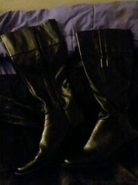 pair of black leather side-zipped round toe chunky heeled knee-high boots 1812 mi