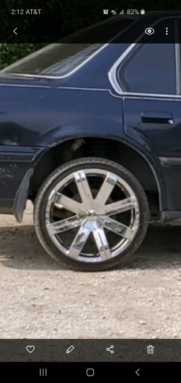 Photo 18 inch Rozzi wheels and tires