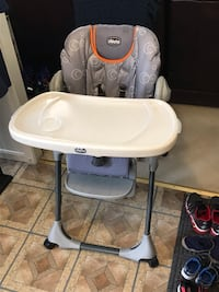 Baby's Chico Polly high chair orange and gray Springfield, 22153