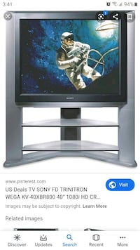 Sony Trinitron 40inches  with stand.