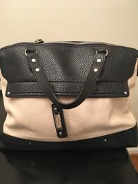 Black and white leather handbag Charles Town, 25414