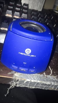 Bluetooth speaker (comes with charger) Halifax, B3K 2M9