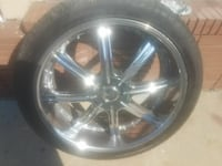 chrome 5-spoke car wheel with tire Albany, 31721