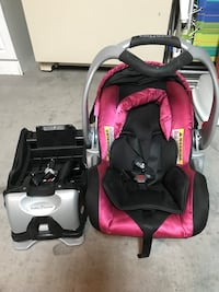 Magenta carseat and base  North Las Vegas, 89084