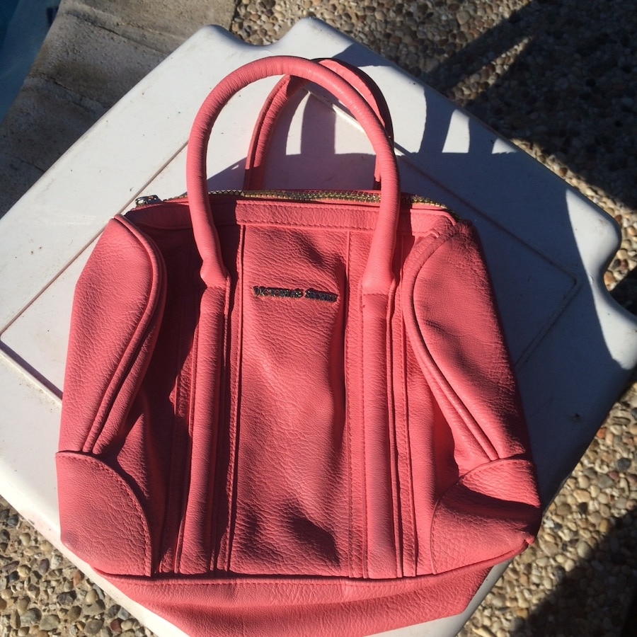 Photo Victoria secret rose pink satchel purse