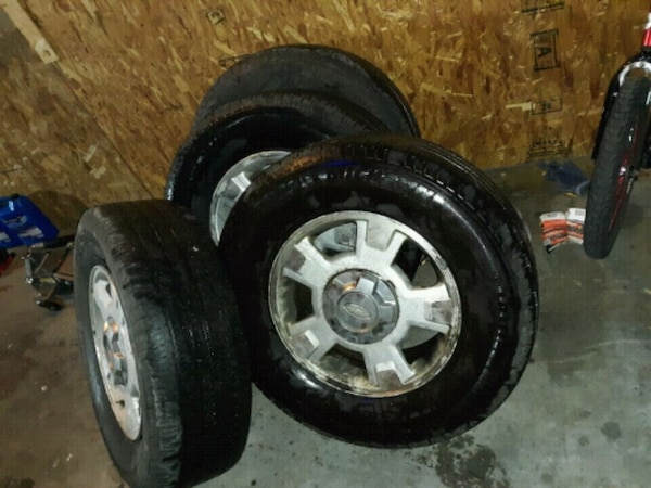 2010 ford f150 wheel with tire set