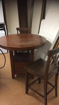 Round brown wooden table with two chairs dining set Toronto, M1B 3G3