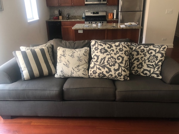 Modern Comfy 3 Seater Couch Decorative Pillows Included