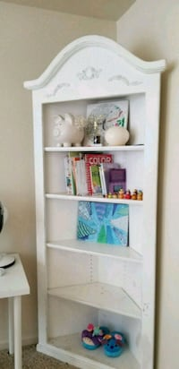 Corner book shelf solid wood  Fort Belvoir