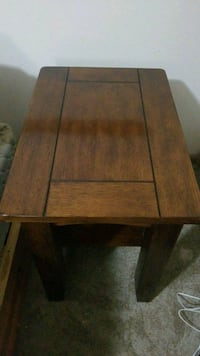 2 solid end tables 75each must pick up Wichita, 67211