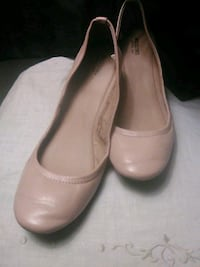 pair of brown leather flats Poway, 92064