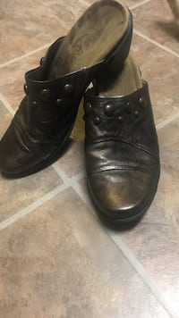 Sz 10 Copper color shoes