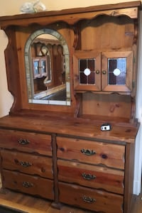C 1985 5 piece bedroom set with stained glass  Arlington, 22202