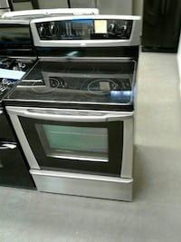 Whirlpool electric stove excellent condition worki Baltimore, 21223